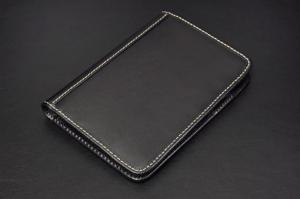 NL191 パスポートケース:牛革製
