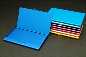 アルマイト染色カードケース