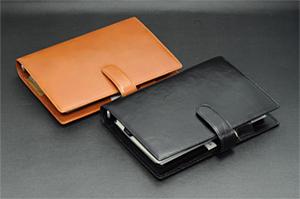 Davinci バイブルサイズ牛革製システム手帳(リング24mm)
