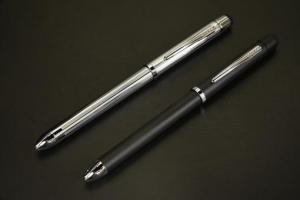 クロス テックスリー プラス(ボールペン×2&シャープ&タッチペン)