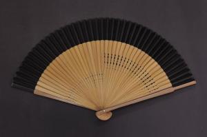 5840-41高級絹貼扇子 親ラメ塗 唐木 大短地(紺、黒)