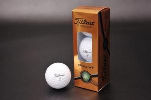 Titleist(タイトリスト)ゴルフボール:PRO V1 2015 3個入り
