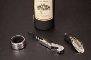 E54-01ワインボトル型ワインツール3Pセット