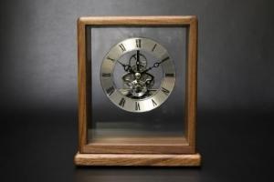 853-S100 銀の時計