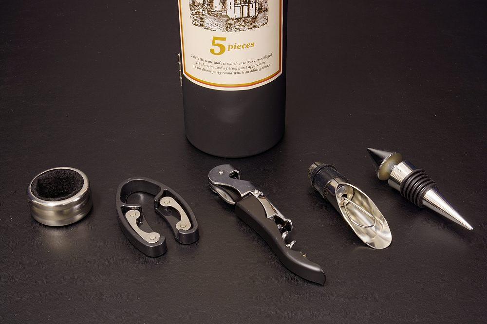 E54-03ワインボトル型ワインツール5Pセット【1622-s0701】