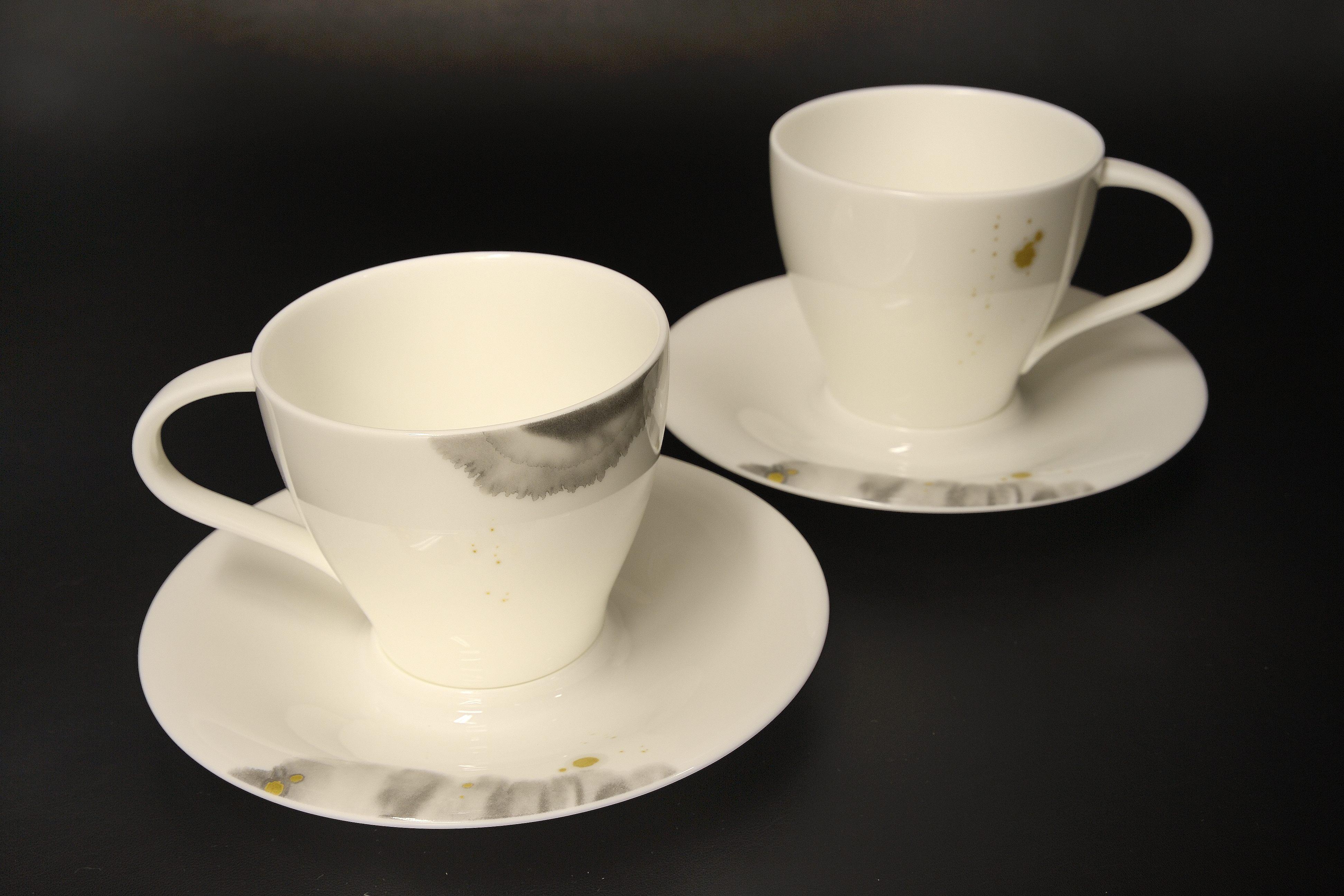 11115-CC00ボーンチャイナ コシノヒロコ ペアカップ&ソーサーセット【1753-s0776】