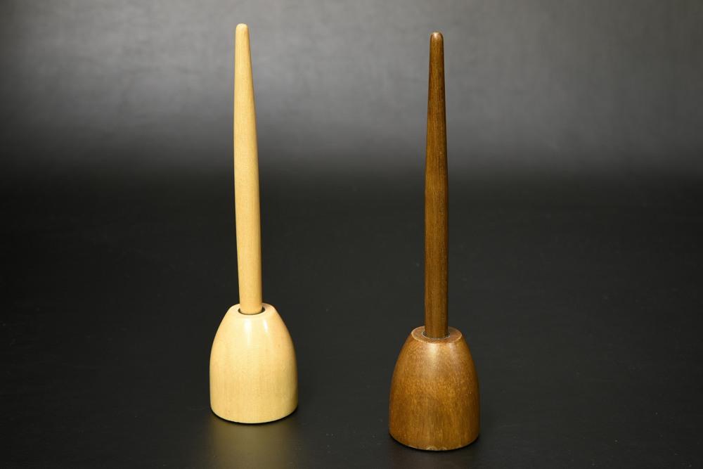 A36-02天然木のデスク用スタンドペン(BK,WH)【1806-s0848】